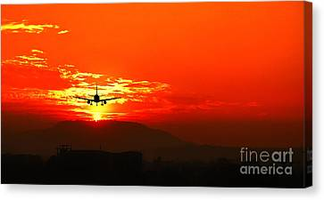Going Home Canvas Print by Charuhas Images