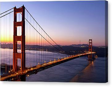 Canvas Print - Golden Gate Bridge During Sunrise by David Gn