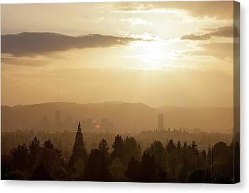 Golden Sunset Over Portland Skyline Canvas Print by David Gn