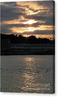 Goledn Sky Of Plymouth 4 Canvas Print by Gina Sullivan