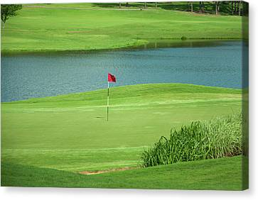 Golf Approaching The Green Canvas Print by Chris Flees