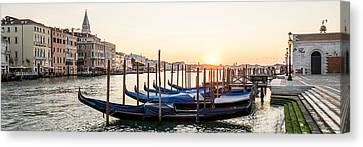 Gondolas Sunrise 00323 Canvas Print