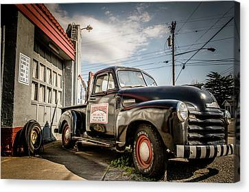 Goober's Tow Truck Canvas Print by Cynthia Wolfe