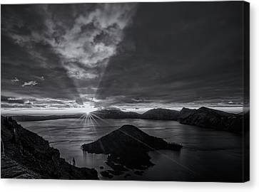 Good Morning Crater Lake -  Black And White Canvas Print by Loree Johnson
