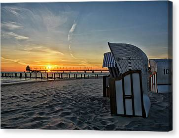 Good Morning Zingst Canvas Print by Joachim G Pinkawa