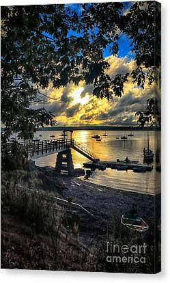 Good Night Madeleine Point Canvas Print