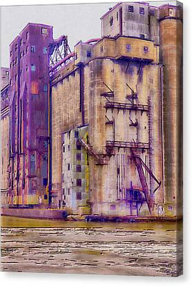 Grain Elevator - Buffalo Ny Canvas Print by Leslie Montgomery