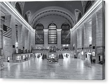 Grand Central Terminal II Canvas Print by Clarence Holmes