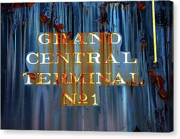 Canvas Print featuring the photograph Grand Central Terminal No 1 by Karol Livote