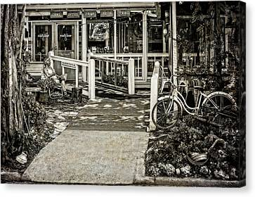 Canvas Print featuring the photograph Great Eats At The Old Time Fishing Camp   -   Fishrestaurantbwantiq120933 by Frank J Benz