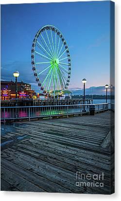 Streetlight Canvas Print - Great Wheel And Boardwalk by Inge Johnsson