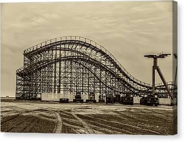 Great White Roller Coaster In Wildwood New Jersey Canvas Print