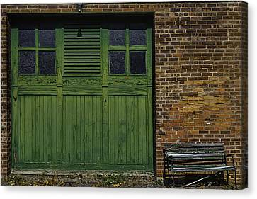 Green Door Shaker Wash House Canvas Print by Garry Gay