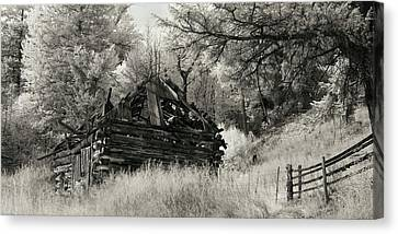 Green Mountain Cabin Canvas Print