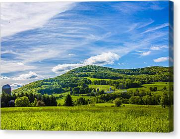 Canvas Print featuring the photograph Green Mountains And Blue Skies Of The Catskills by Paula Porterfield-Izzo