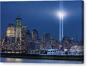 Ground Zero Tribute Lights And The Freedom Tower Canvas Print