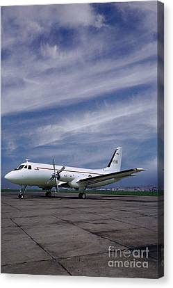 Grumman G-159 Gulfstream Patiently Waits, N719g Canvas Print