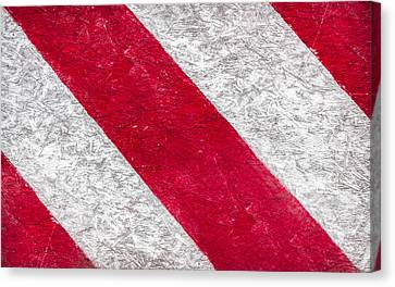 Grunge Background Of Red And White Stripes  Canvas Print by Germano Poli