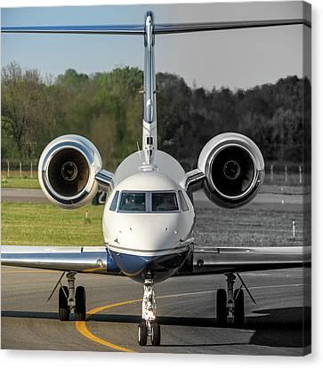 Gulfstream Aerospace G500 I-delo Frontal.nef Canvas Print by Roberto Chiartano