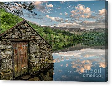 Gwynant Lake Sunset Canvas Print by Adrian Evans