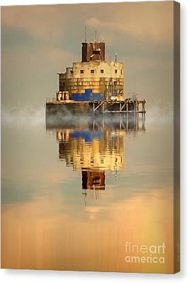 Haile Sand Fort Canvas Print by Nick Wardekker