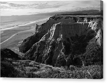 Half Moon Bay II Bw Canvas Print