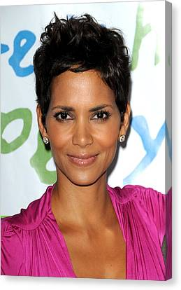 Halle Berry At Arrivals For Silver Rose Canvas Print by Everett