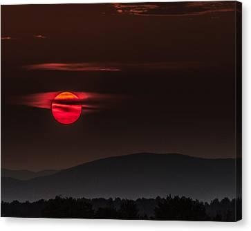 Haloed Sunset Canvas Print