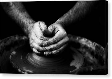Hands That Form Canvas Print by Quino Al