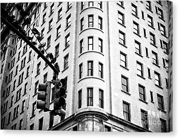 Hanging On Central Park South Canvas Print by John Rizzuto