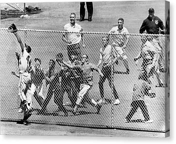 Hank Aaron In  Action Canvas Print by Underwood Archives