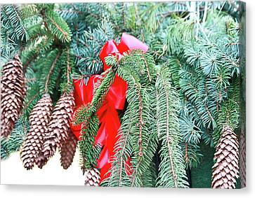 Canvas Print featuring the photograph Happy Holidays by Ann Murphy