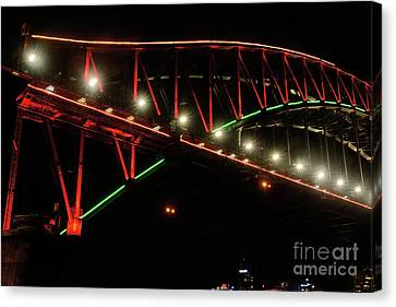 Canvas Print featuring the photograph Harbor Bridge Green And Red By Kaye Menner by Kaye Menner
