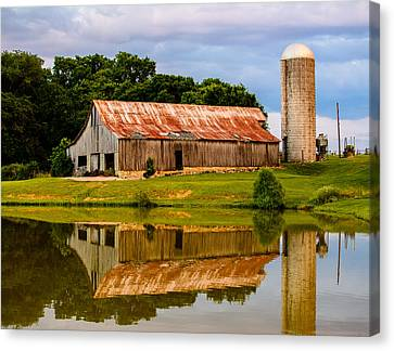 Harlinsdale Barn Reflection Canvas Print by Jim Diamond