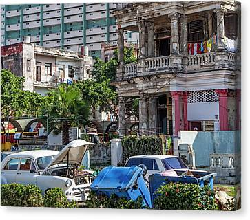 Canvas Print featuring the photograph Havana Cuba by Charles Harden