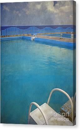 Canvas Print featuring the photograph Havana Cuba Swimming Pool And Ocean by David Zanzinger