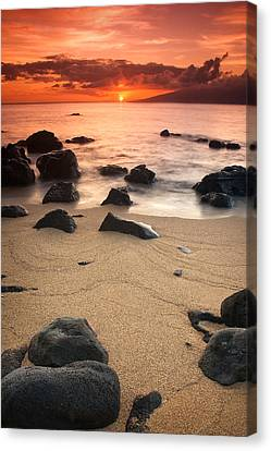 Hawaiian Sunset Canvas Print by Nolan Nitschke
