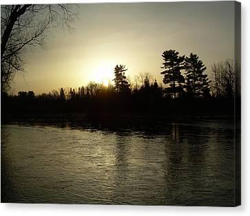 Canvas Print featuring the photograph Hazy Mississippi River Sunrise by Kent Lorentzen