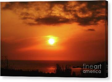 Hazy Sunset In Golden Bay Canvas Print by Stephan Grixti