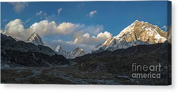 Canvas Print featuring the photograph Heading To Everest Base Camp by Mike Reid