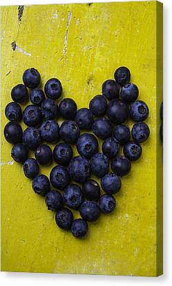 Heart Shaped Blueberries Canvas Print by Garry Gay