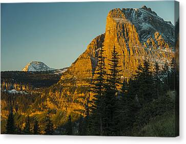 Heavy Runner Mountain Canvas Print by Gary Lengyel