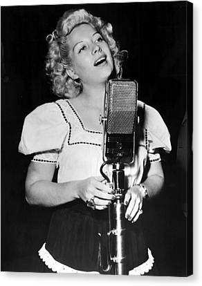 Helen Forrest Singing For The G.i.s Canvas Print by Everett