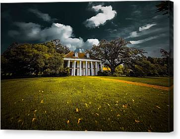 Hermitage Plantation Canvas Print by Michelle Saraswati