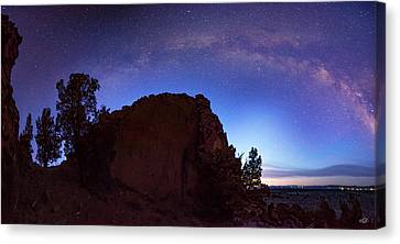 Canvas Print featuring the photograph High Desert Dawn by Leland D Howard