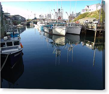High Tide At Hall's Harbour Canvas Print