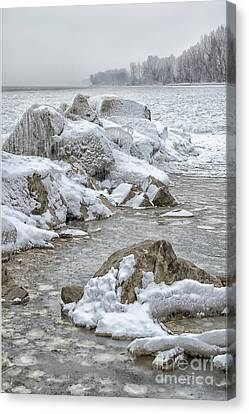 North Beach On A Winters Day By Dave Canvas Print by Photography By Phos3 Kathryn Parent and Dave Paddick