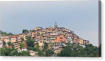 Canvas Print featuring the photograph Hilltop by Richard Patmore