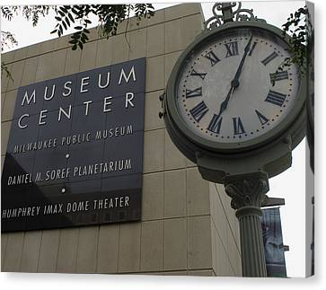 Canvas Print featuring the photograph Historic Clock Keeps Time With Milwaukee Public Museum by Peter Skiba