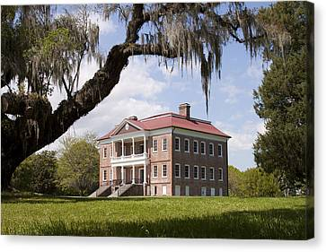 Historic Drayton Hall In Charleston South Carolina Canvas Print by Dustin K Ryan